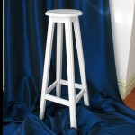 White_wooden_stand