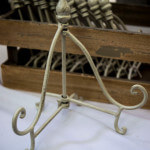 Cream Mini Easel