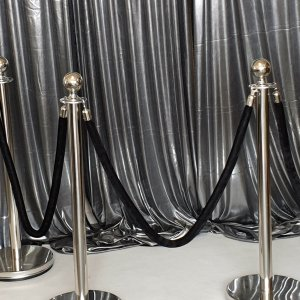 crowd control bollards stanchions