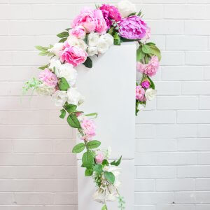 pink and cream floral garland