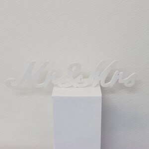 Mr and Mrs wedding Sign