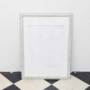 Medium Frame
